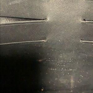 Louis Vuitton Bags - Louis Vuitton black leather gloss clutch